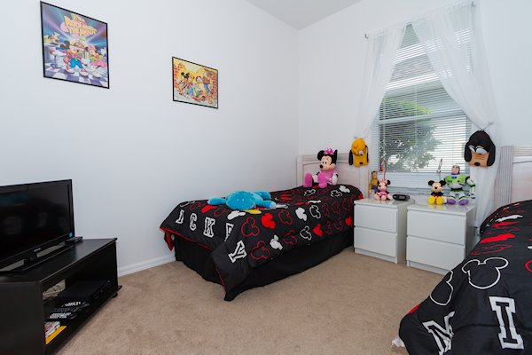 Mickey & Minnie Themed Bedroom