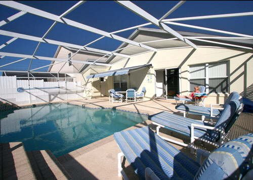 4 Bed Villa sleeps 10. Private Pool. Wi-Fi. Games Room.