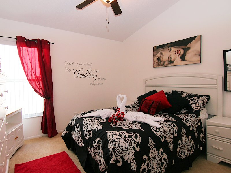 Hollywood themed bedroom