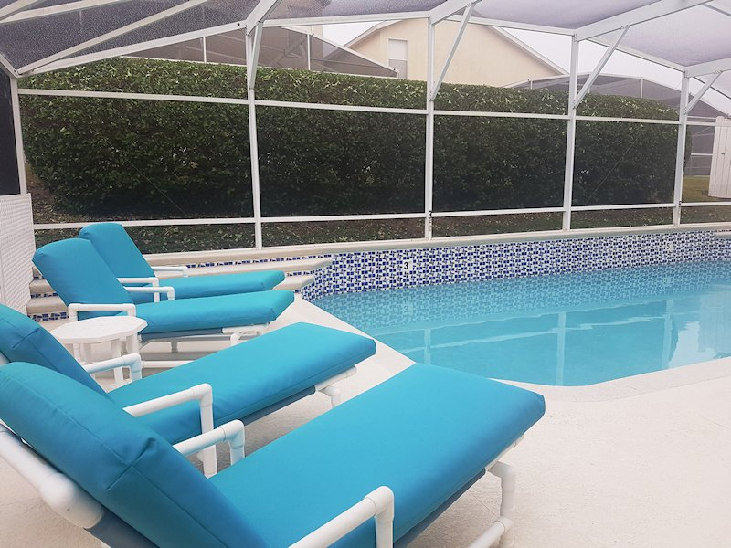 High quality sun loungers and pool furniture