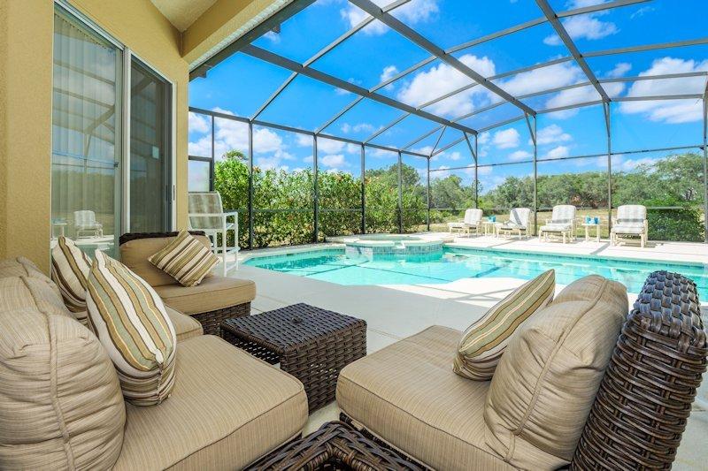 South facing pool & spa