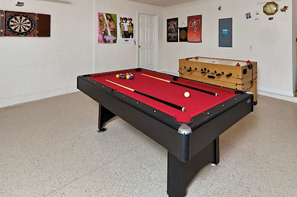 Games Room with pool, table tennis and darts
