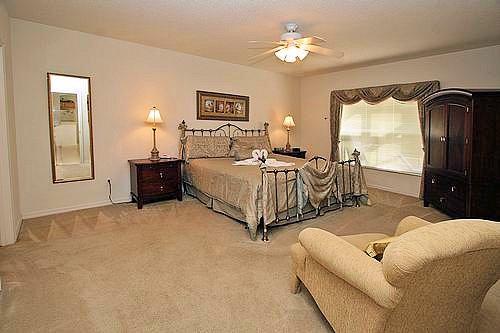 Super king bed Large master suite