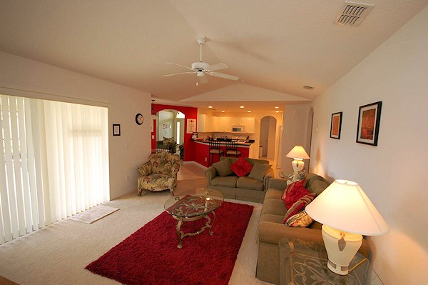 Family room with 47 HDTV