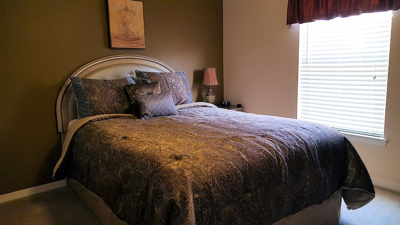 Queen Master Bedroom with own private ensuite