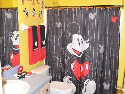 themed kids bathroom