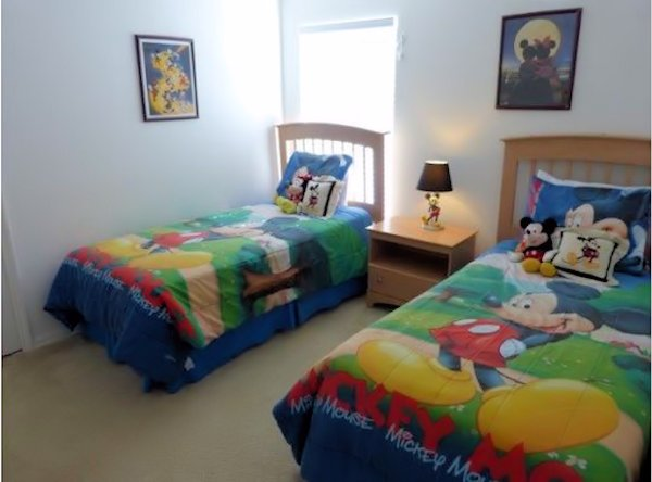 Micky Mouse Theamed Twin Room