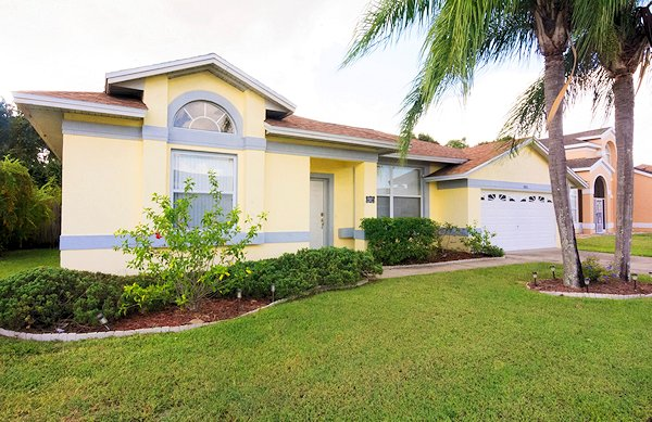 4 Bed Florida Villa sleeps 8. Private Pool. Wi-Fi.