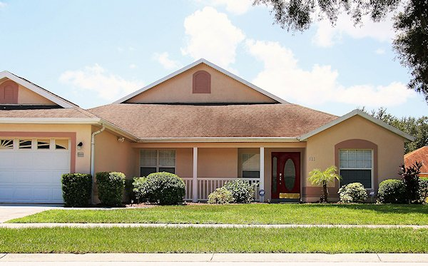 5 Bed Florida Villa sleeps 10. Private Pool. Wi-Fi. Games Room.