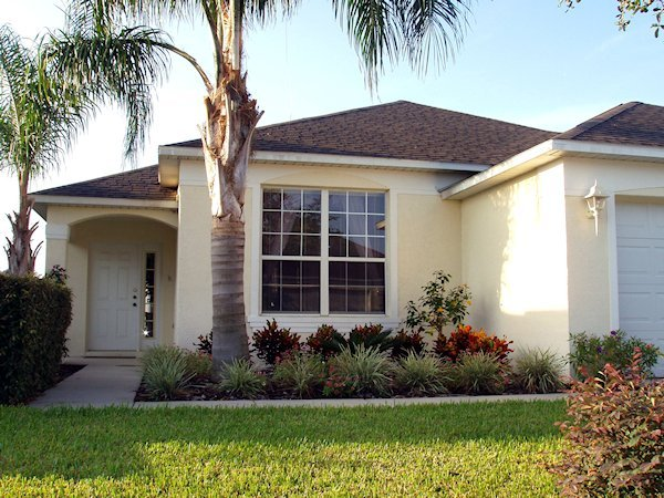 4 Bed Florida Villa sleeps 9. Private Pool/Spa. Wi-Fi. Games Room.