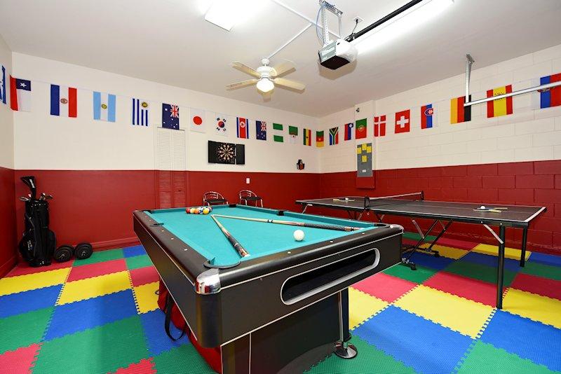 Tha game room!