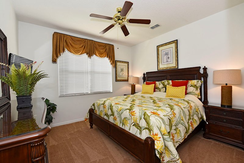 The super king master bedroom with ensuite - Ground Floor