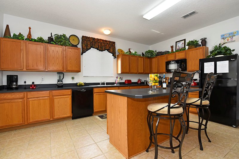 The fully loaded kitchen with everything you could need!