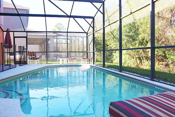 7 Bed Florida Villa sleeps 14. Private Pool. Wi-Fi. Games Room.